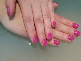 Fuchsia Fresh Beautiful Nails Leuven