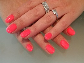 Neon Pink Beautiful Nails Leuven